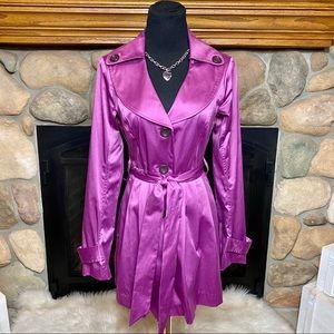 IZ Buyer Trench Coat Purple Size Medium